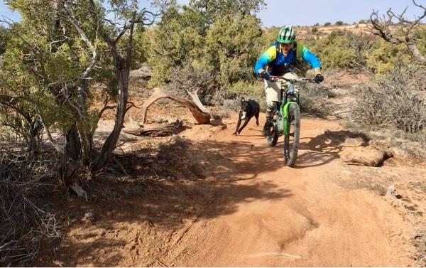 Russ and Raven shred desert